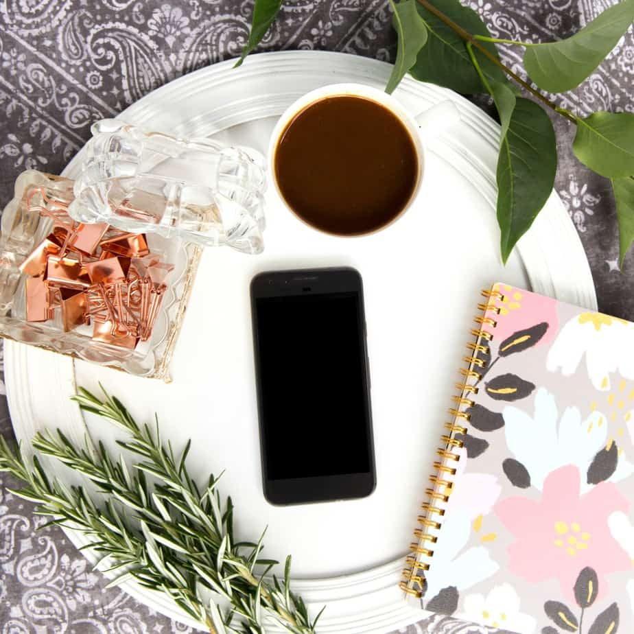 How to Style A Flatlay for Instagram