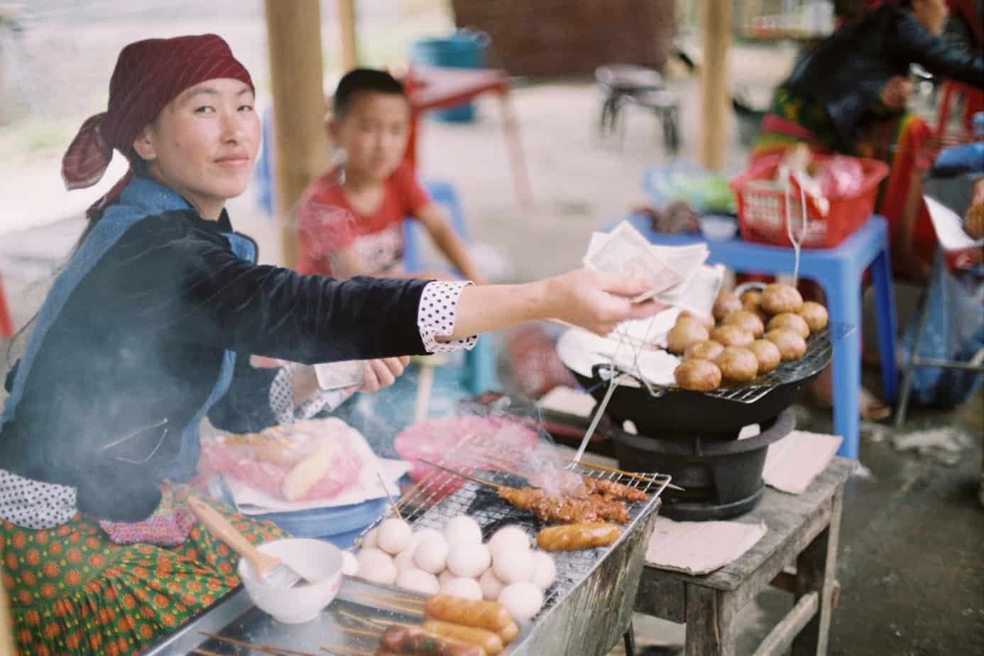 save money travel street food